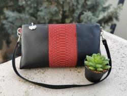 Vörös alkalmi táska - 10.00 Ft