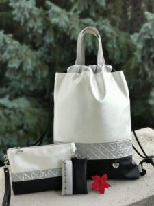 Csillogó ezüstös hátizsák