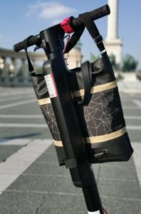 Nola rolleres táska