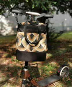 Rolleres táska - geometrikus mintás